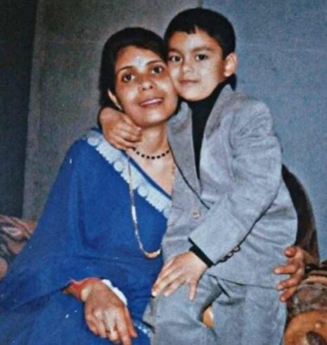 Suchitra Singh ishan mom