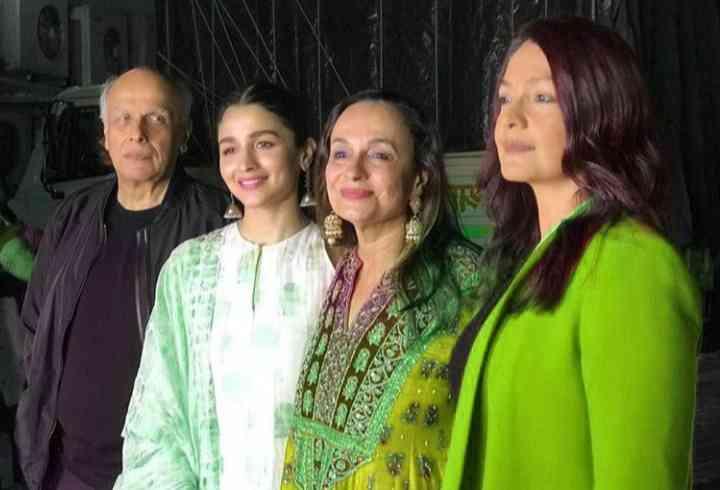 Mahesh Bhatt family