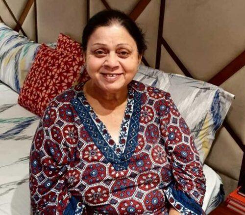 Mother name is Saroj