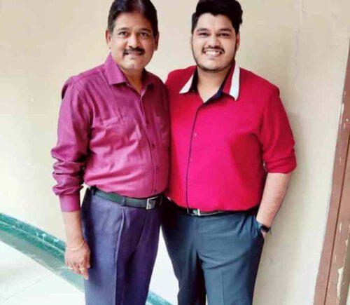 Ashish Kulkarni with father Dhananjay Kulkarni