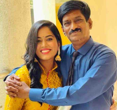 Sayli Kamble father